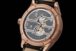 Gronefeld-Parallax-Tourbillon–Or-Rose-Back